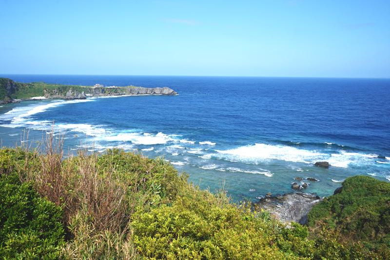 ヤンバルクイナ展望台から見える辺戸岬