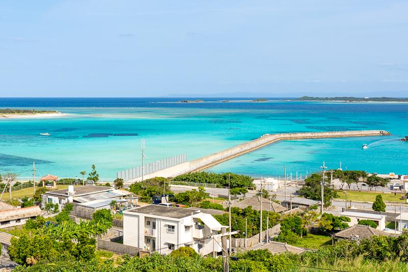 伊平屋島の野甫島展望台から見る絶景