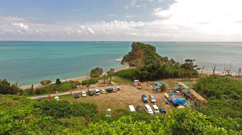 浜比嘉島のムルク浜ビーチ